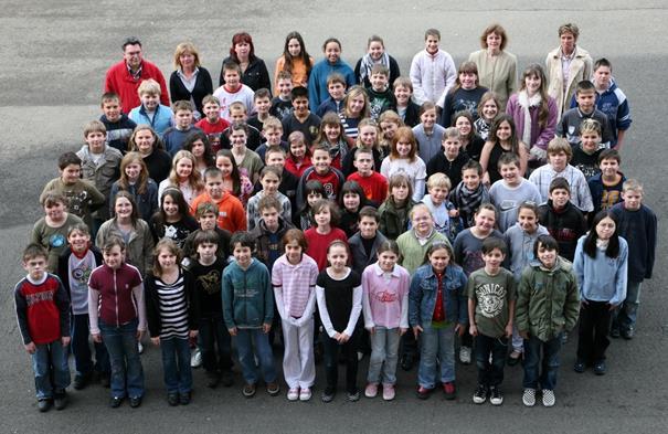 Der 5. Jahrgang im Jahre 2008. Die 84 Schülerinnen und Schüler wurden auf drei Klassen aufgeteilt